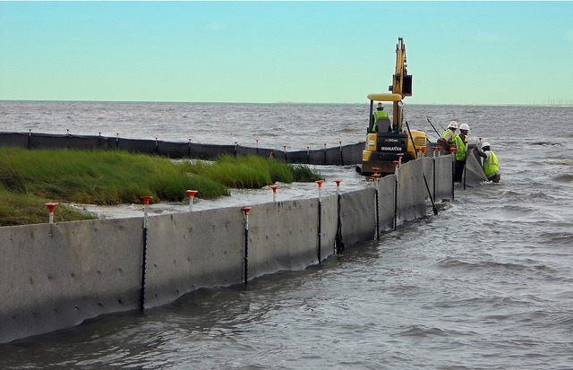 Ultra Spill Fence for Oil Spill Containment